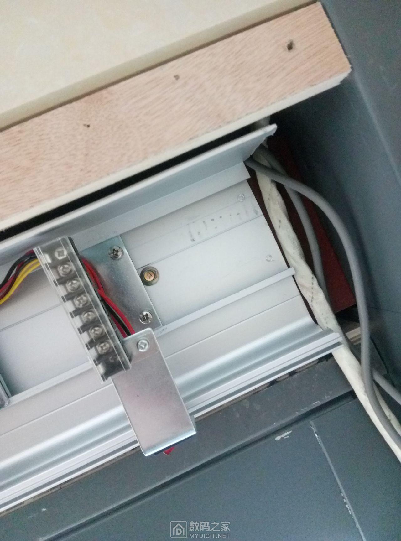 电动伸缩门控制电路原理是什么?