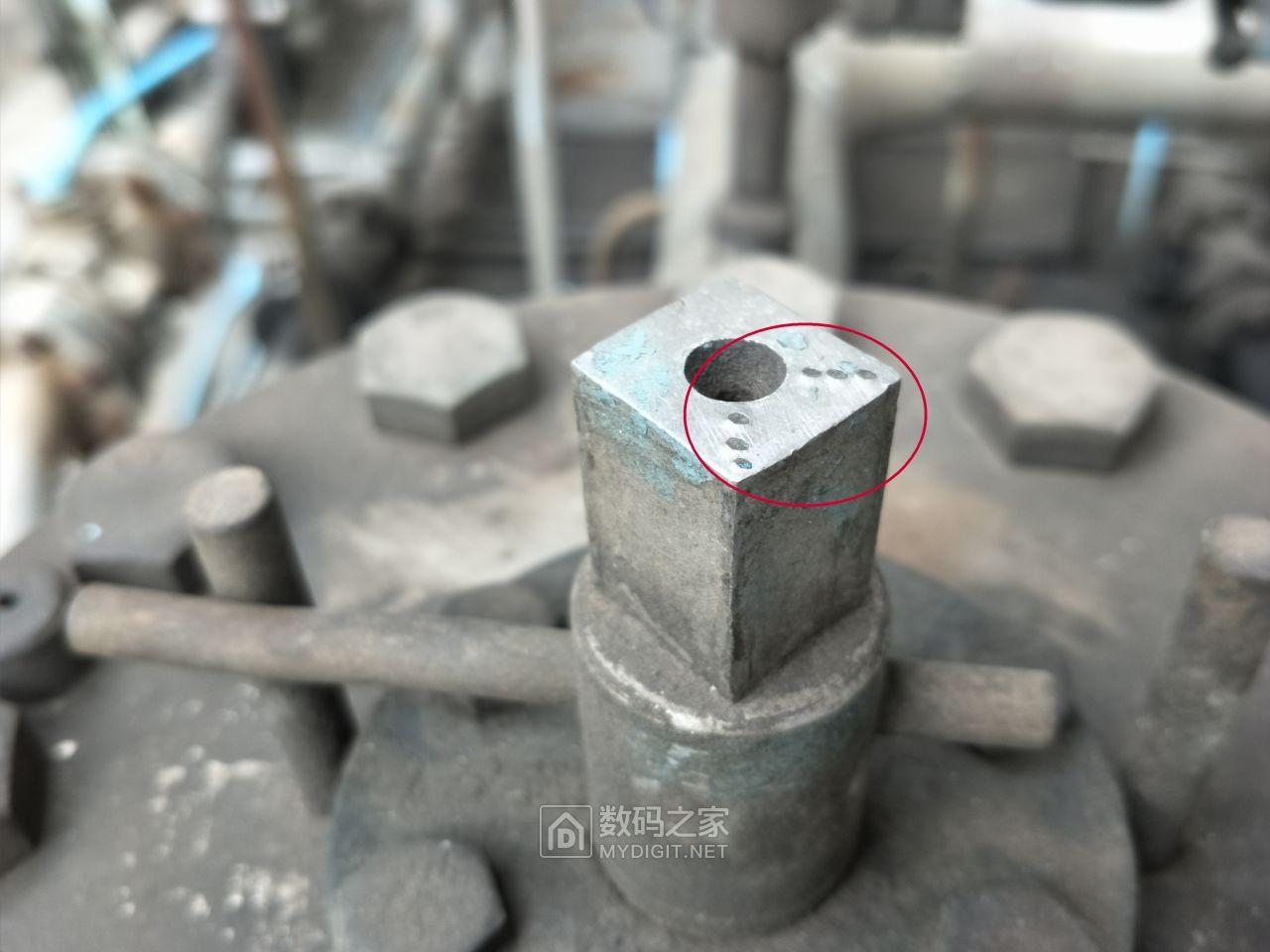 润滑油系统之过滤器走向标识.jpg