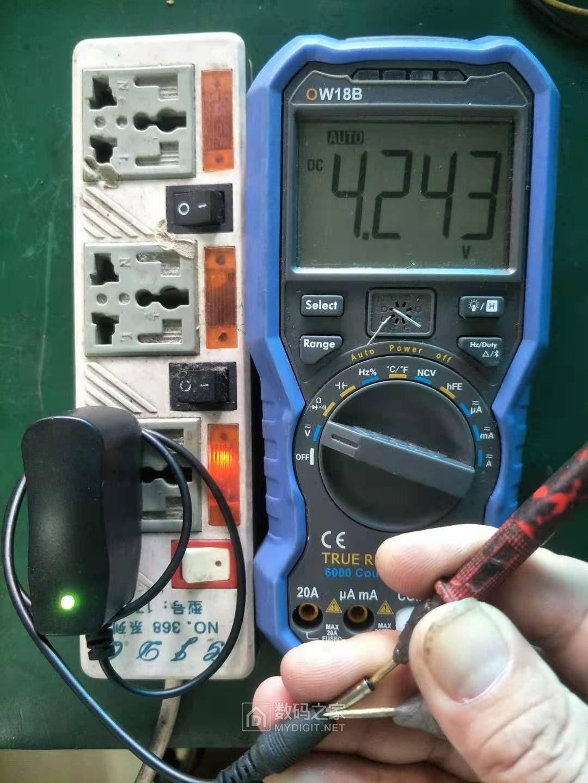 原装的空载电压.jpg