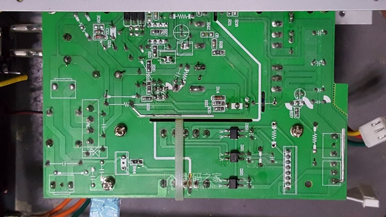 HY3005B数控电源 (5).jpg
