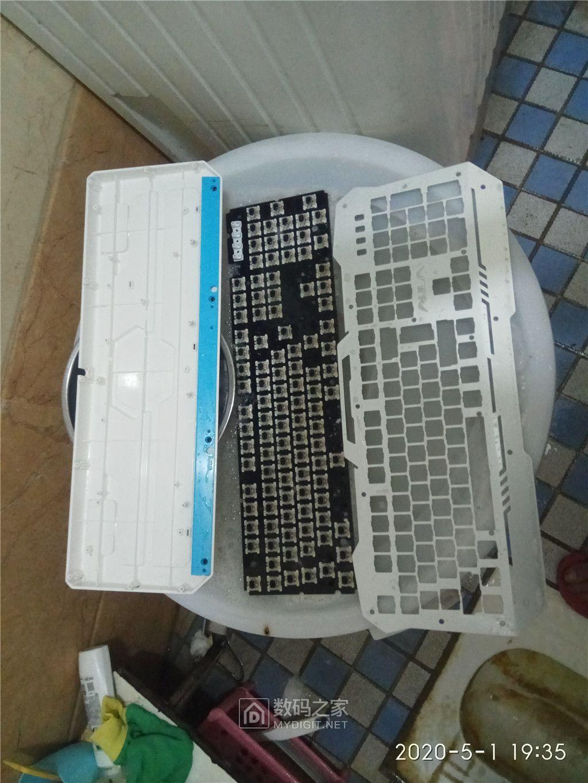 机械键盘30.jpg