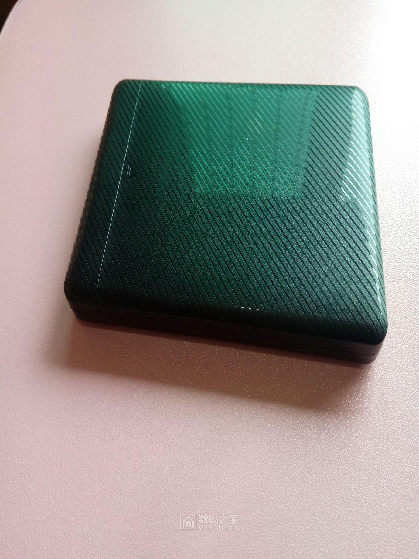 硬盘盒背面2.jpg