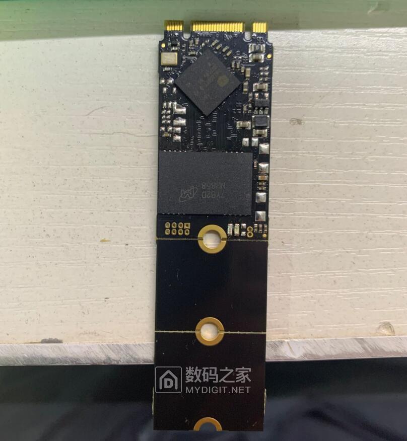 SSD 一块钱拍卖 搞一下