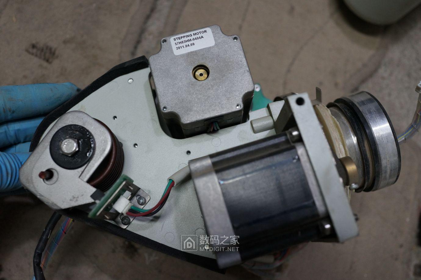 电机型号57H83