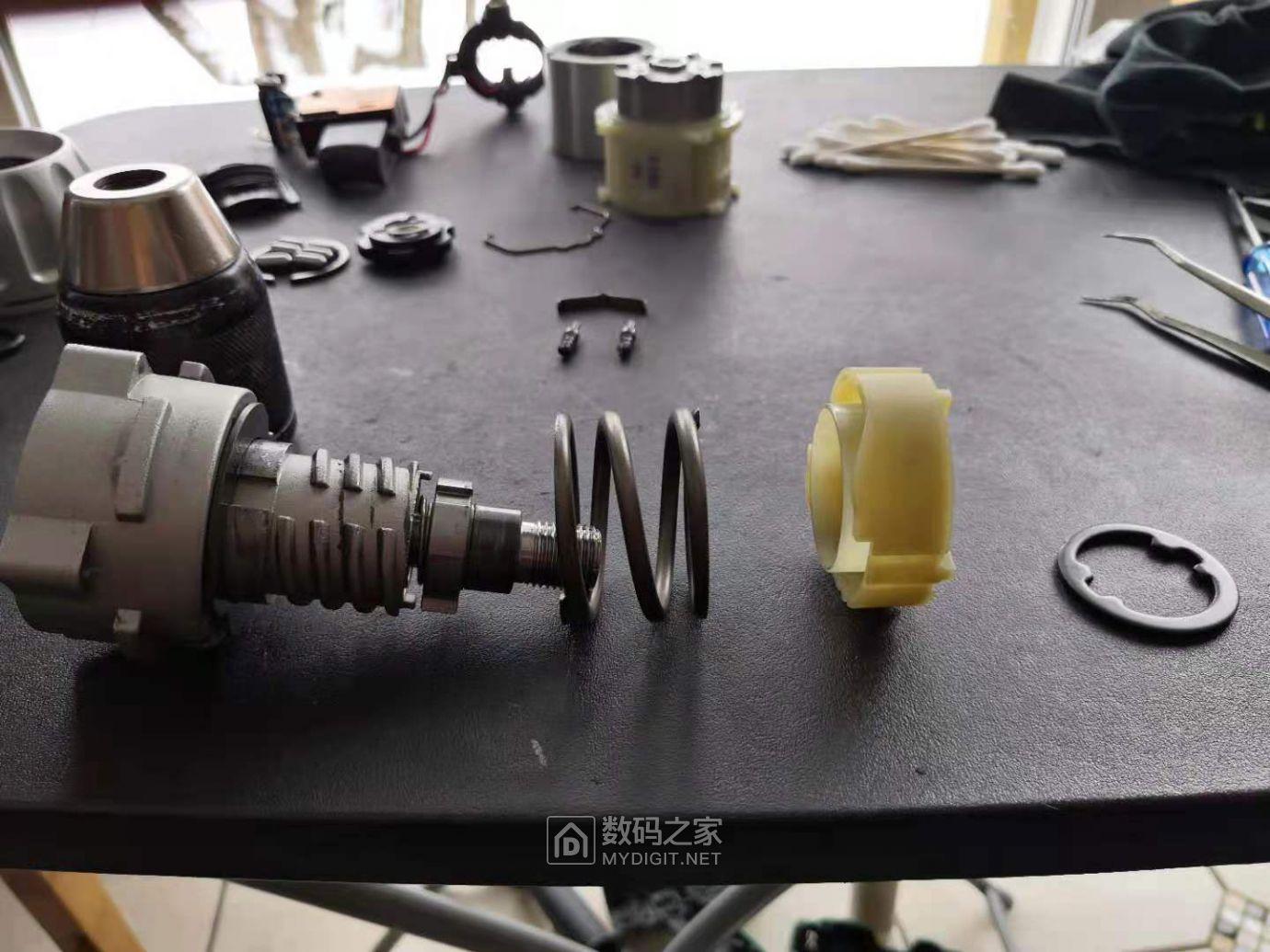 便宜的和贵的手电钻拆解对比(HITACHI DV180L VS TNT) 好货大家谈 第5张