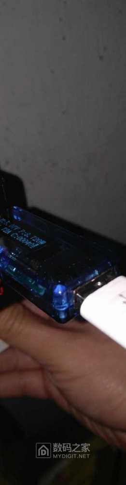 usb电压表,和线会影响充电速度